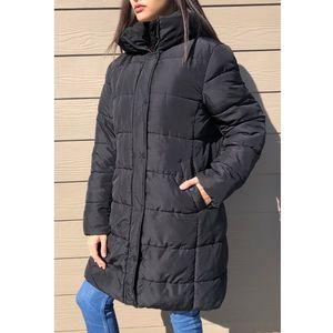 Long Black Hooded Puffer Jacket Size Medium